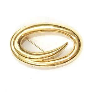 Vintage Monet Gold Tone Oval Swirl Brooch